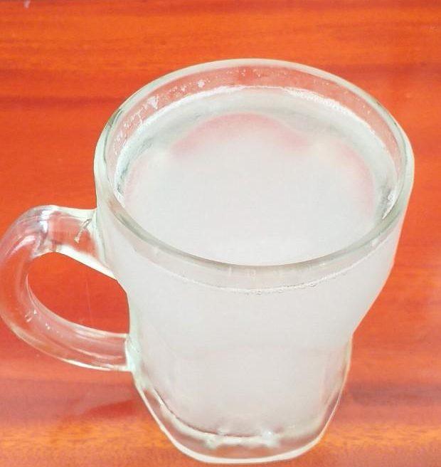 Nước chiết - dịch mật từ cuống hoa thốt nốt (đã nấu sôi)