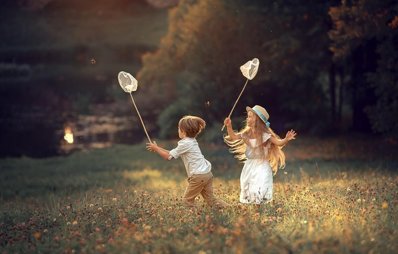 Niềm vui hạnh phúc trẻ thơ trong đời