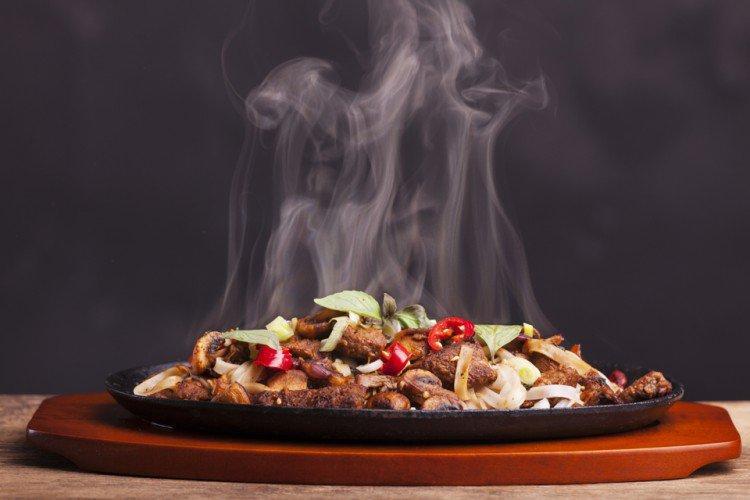Thức ăn nóng
