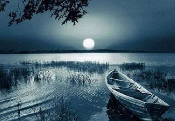 Bến sông trăng ban đêm
