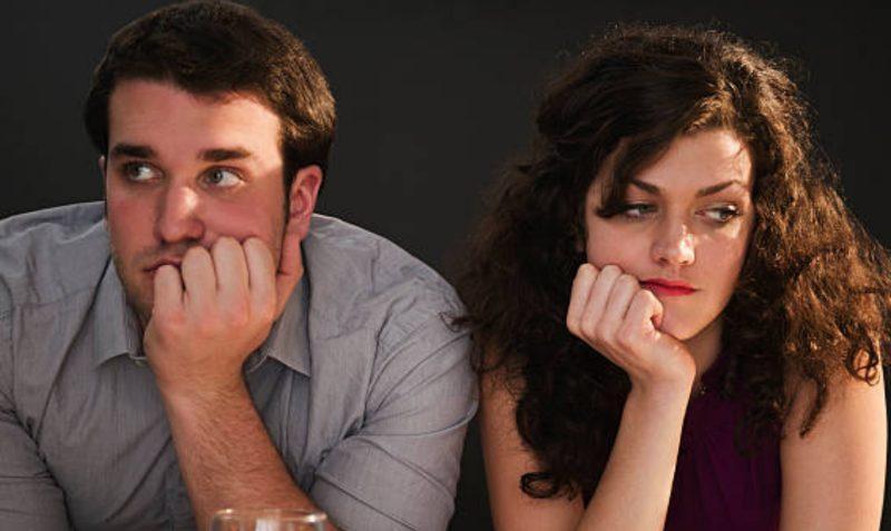 Vợ chồng giận nhau, nghi ngờ