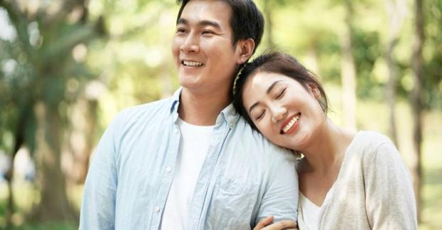 Vợ chồng hạnh phúc